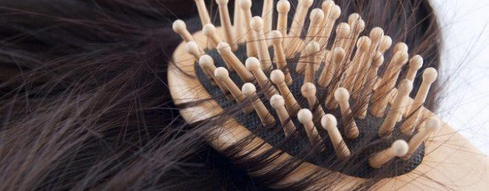 Волосы на расчески
