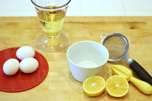 Яйца, лимон, масло сахар, соль